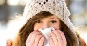 Насморк: лечить или сам пройдет? Чем опасен ринит